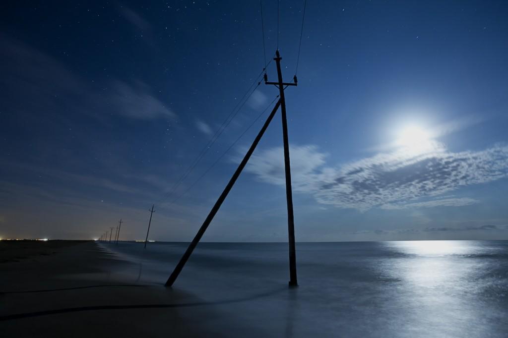 Into the sea - INICIACIÓN A LA FOTOGRAFÍA NOCTURNA Y LIGHT PAINTING