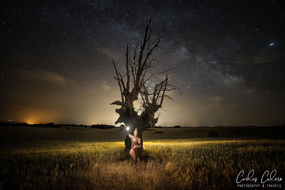 Fotografía usando Lume Cube para iluminación ambiente